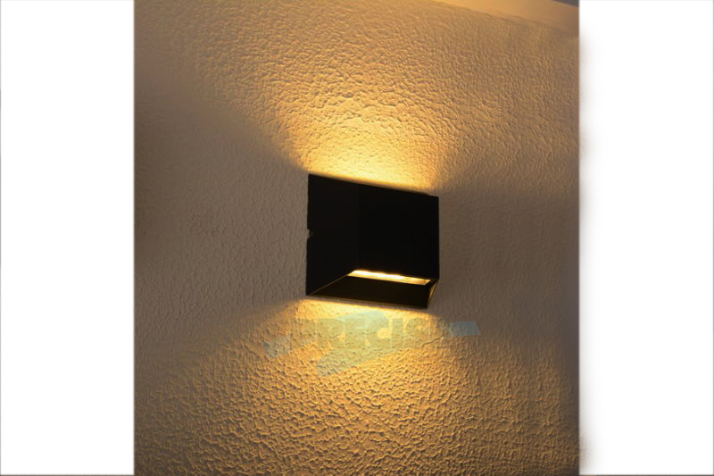 #2176 Classic Surface Mount LED Light